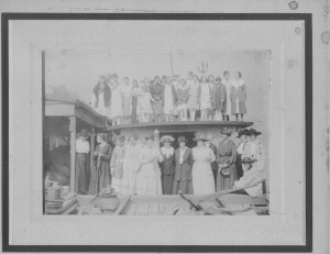 Red Cross Knitters Picnic aboard a Packet during WWI (anna L and John F Nash Collection)
