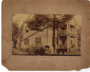 Thomas W Poe Home ca 1890 then owned by R Laughlin (Frances and John Finley Collection)