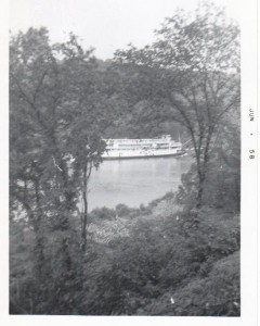 Delta Queen at Georgetown Jun 1958 photo 1