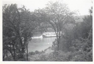 Delta Queen at Georgetown Jun 1958 photo 2
