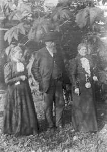 Capt Andrew H Parr and wife and friend ca 1900 GPN