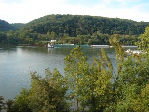 Ohio River from Thomas W Poe Home Aug 2008 (F Nash Collection)
