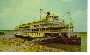 Delta Queen at Landing (F Nash Collection)